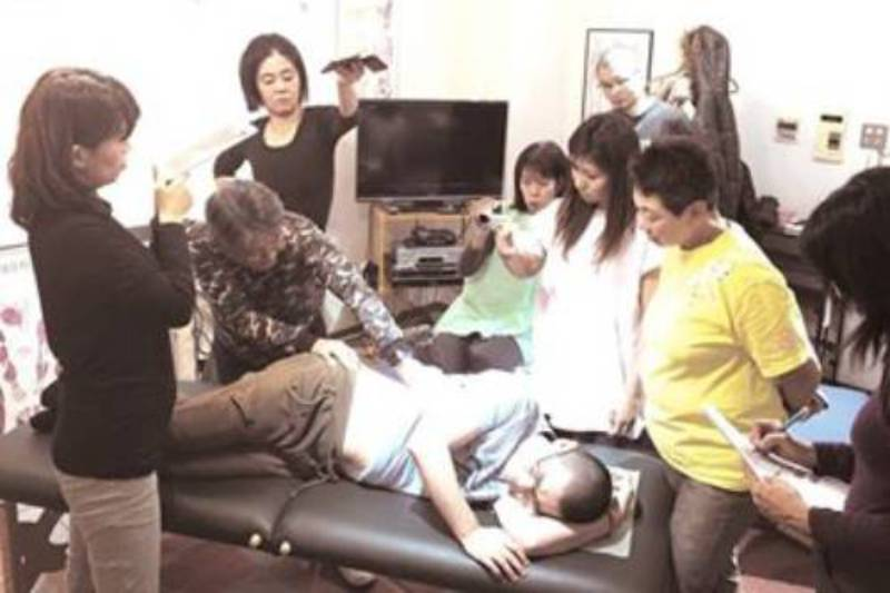 筋膜リリース6人での練習